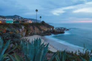 Movers in Orange County, CA - San Clemente, CA - Republic Moving
